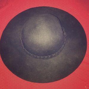 Accessories - Hat
